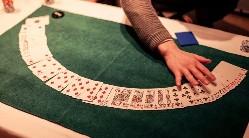 Cómo jugar al poker Texas Holdem