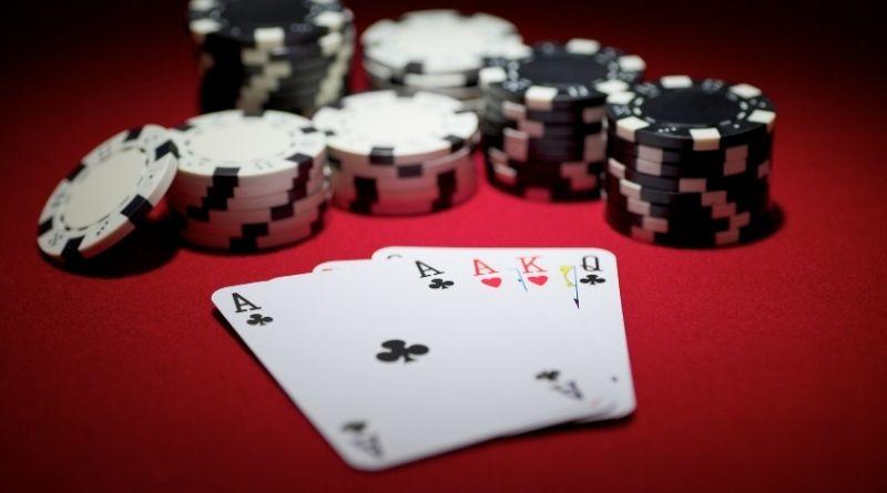 Cómo se Juega al Poker Omaha